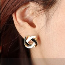 free shipping wholesale alloy wild retro black and white openwork Studs Girls Accessories for sale