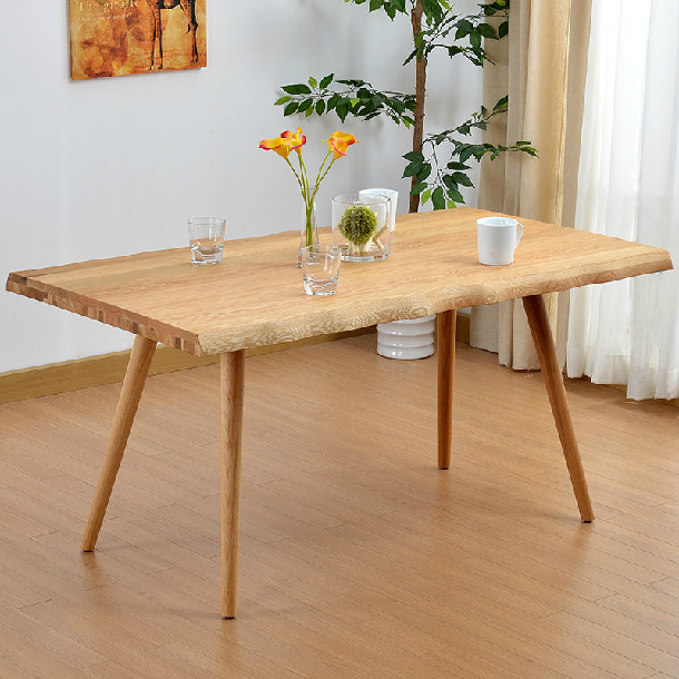 Ch ne blanc bois massif table manger simple et moderne for Table a manger moderne en bois
