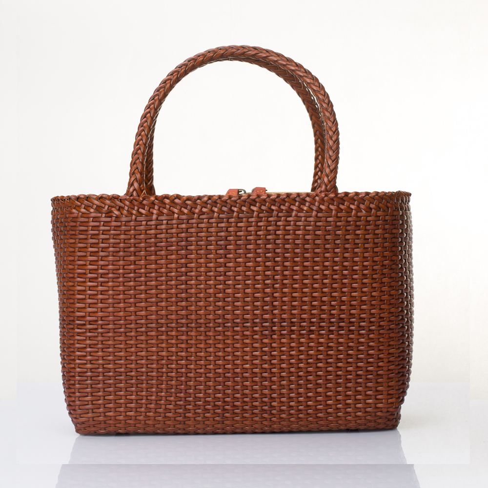 Simple Women Designer Italy Leather Handbag Handmade Woven Female Clutch Composite Bag Small Brown Picture Package Special Offer(China (Mainland))