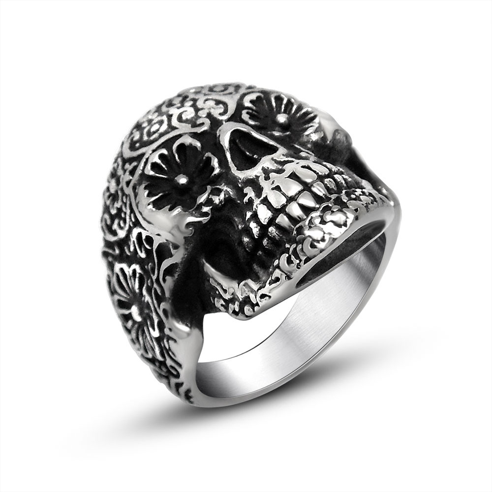Special Offer The vampire ring Classic charms bloodsucker Skull Head finger Ring Retro Fashion unisex Jewelry Ring Titanium(China (Mainland))