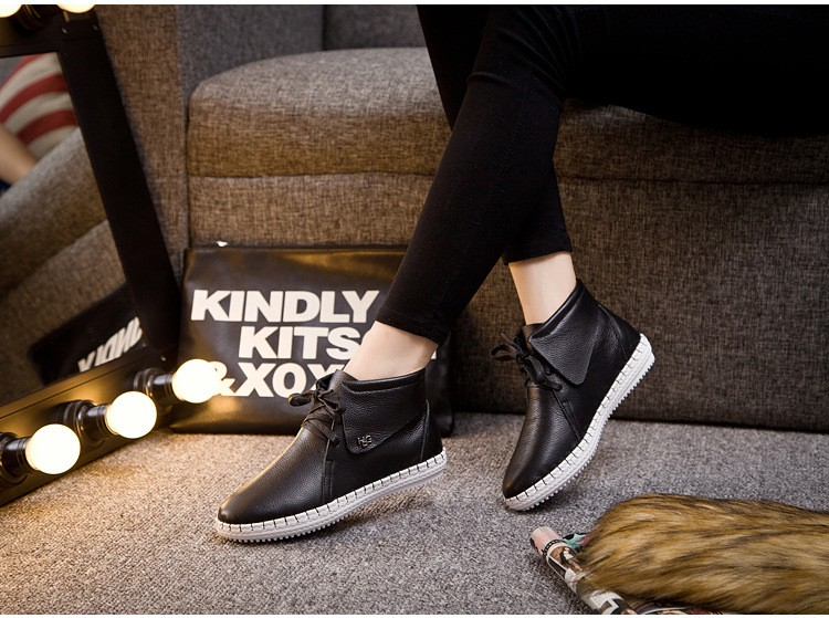 New Fall Fashion Genuine Leather Hot Women Casual Shoes Pointed Toe Black Brown White Loafers Flat Shoes Lace Up Women Shoes 2.5