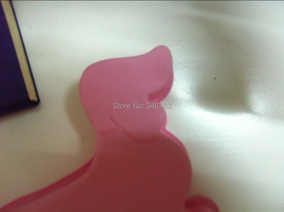 2014Free shipping pink color Dachshund shape silicon cake mould popular cake tools FDA standard cake makers warehouse(China (Mainland))