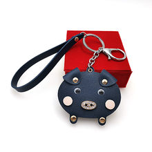 YD & YDBZ Novo Pequeno Porco Bonito Chaveiros Para Mulheres Bolsa E Chave Do Carro Cadeia de Acessórios de Moda Azul Porco Cor de Rosa animal Anel Chave do Presente Da Menina(China)