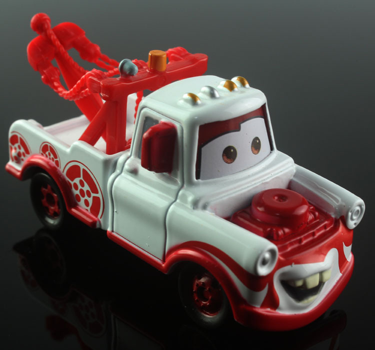 Tomica tomy kids Mini disny cars 2 toys cars mater tow truck geisha alloy metal die cast race car diecast die cast models toys(China (Mainland))