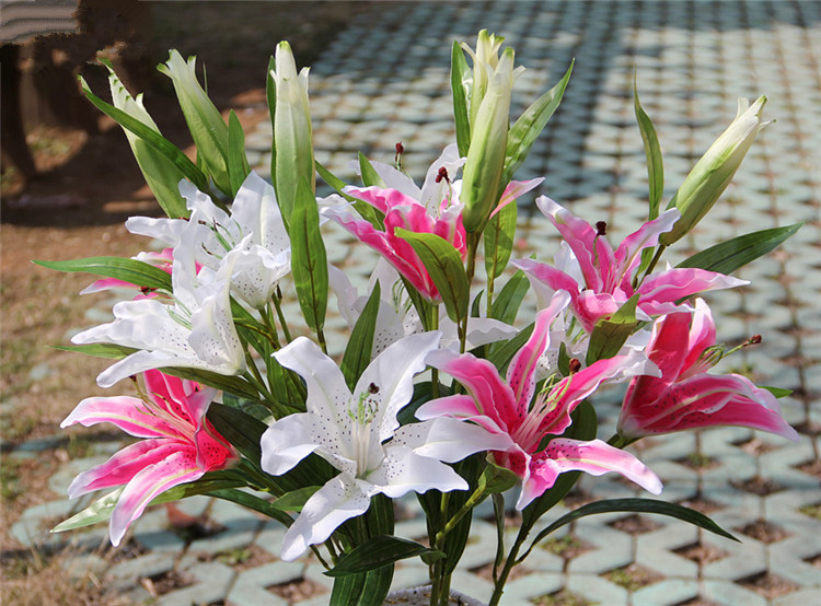 Artificial Flowers Silk Lily Flower 1 Bunch 3 Heads Real Touch Decorative Flowers Home Decoration(China (Mainland))