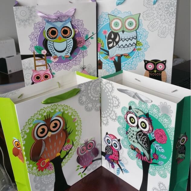 320*260*100mm/Color 3D style Owl design 210G White Kraft paper stationery gift bag/Packaging bags/Festival gift bag(China (Mainland))