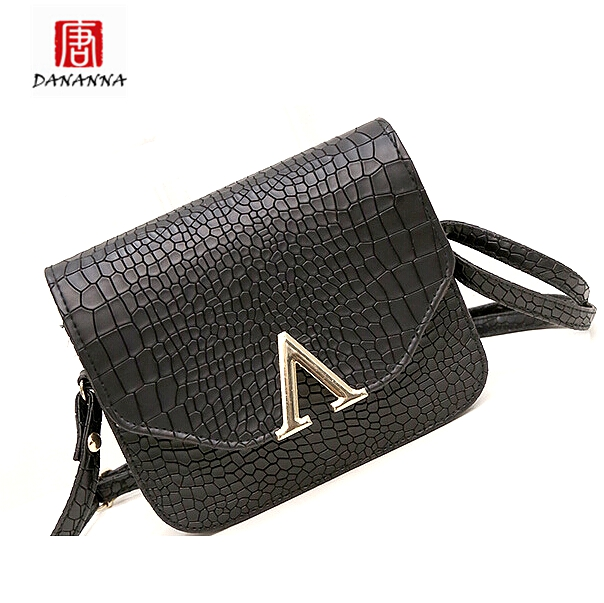Women's trunk V-word Handbag Shoulder Leather Messenger Cross Body Bag Small Mini Purse Tote Bags Bolsa Feminina Wholesale(China (Mainland))