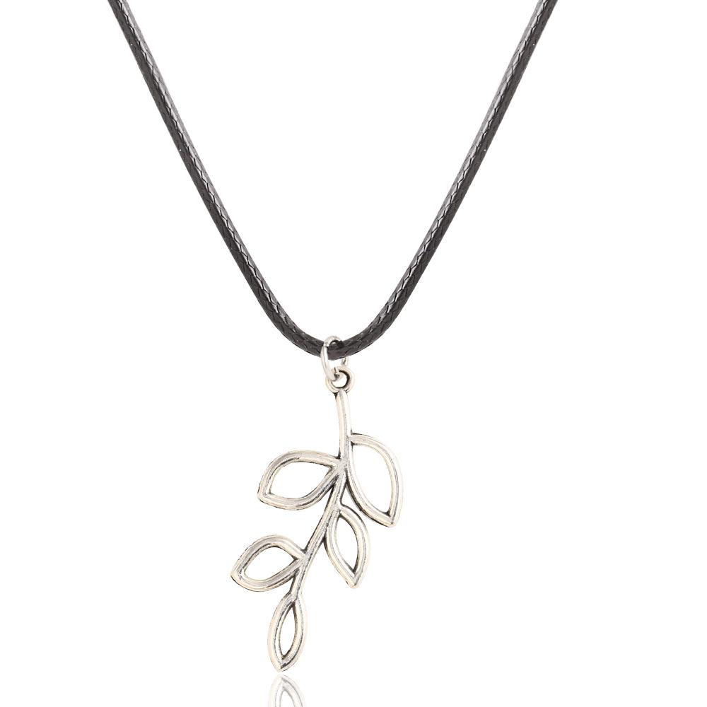Wholesale Compass Rudder Owl Elephant Tree Foliage Retro Geometric Pattern Pentagram Pendant Necklace Best Jewelry For Women(China (Mainland))