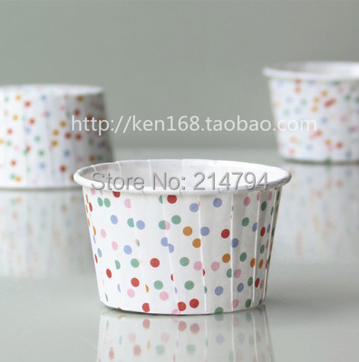 300pcs/lot Tiny Dot PET Paper Baking Cup Greaseproof Cupcake Liners Muffin Cake Mold Case Base 50mm Baby Party Favor Supply(China (Mainland))