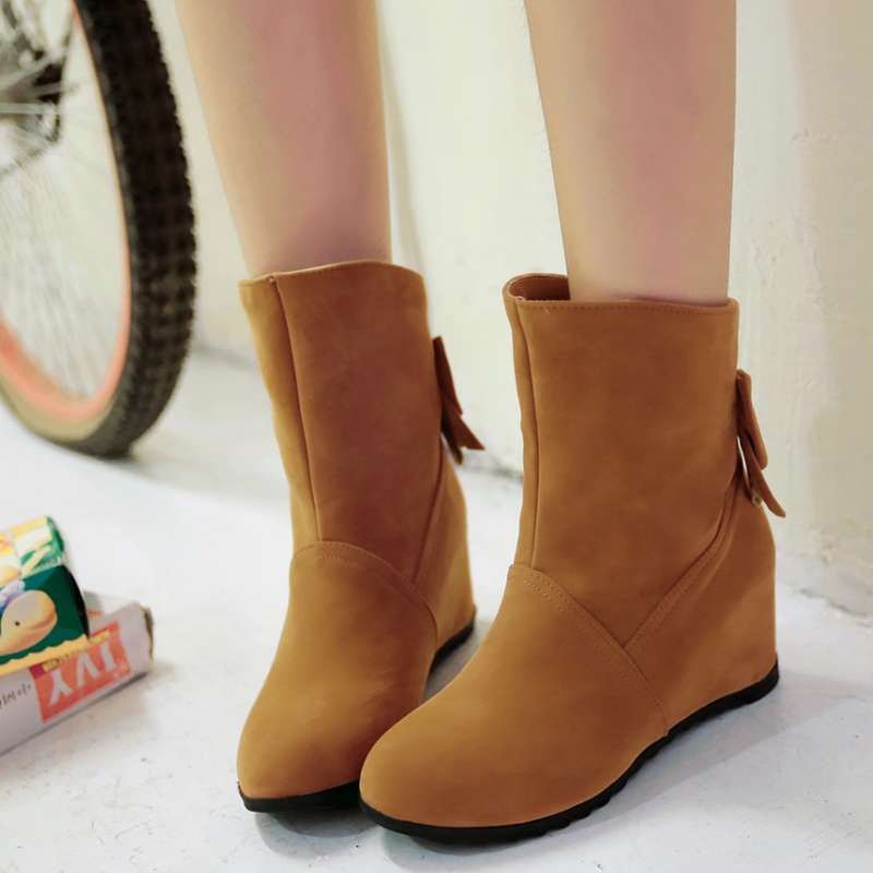 Cheap female boots online