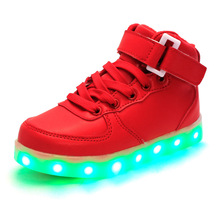 2016 Hot New Spring autumn Kids Sneakers Fashion Luminous Lighted Colorful LED lights Children Shoes Casual Flat Boy girl Shoes(China (Mainland))
