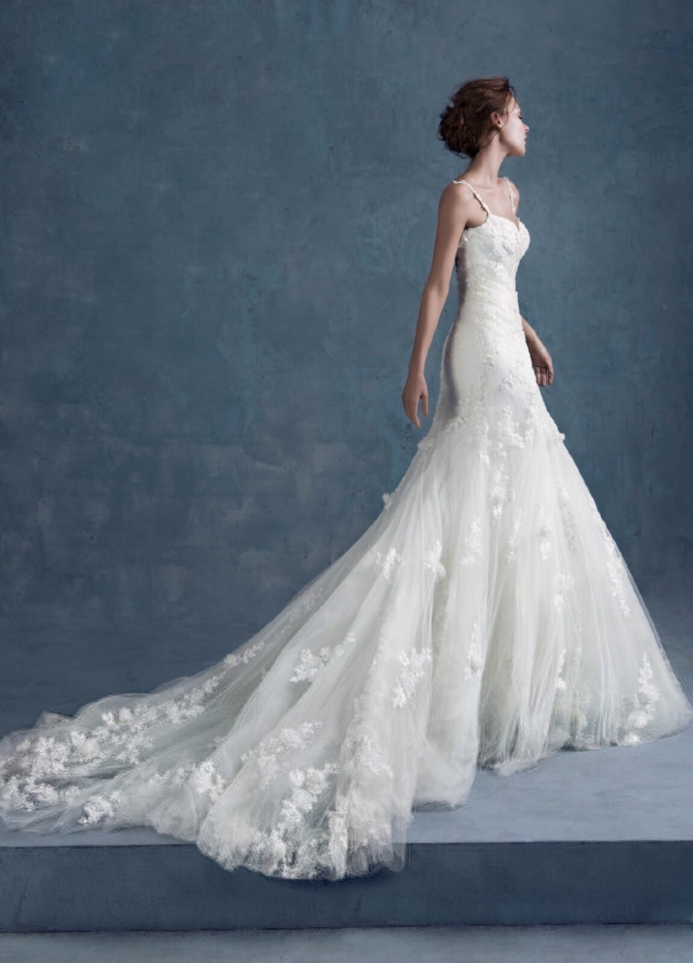 Buy new hot sexy backless lace appliques for Wedding dress appliques suppliers
