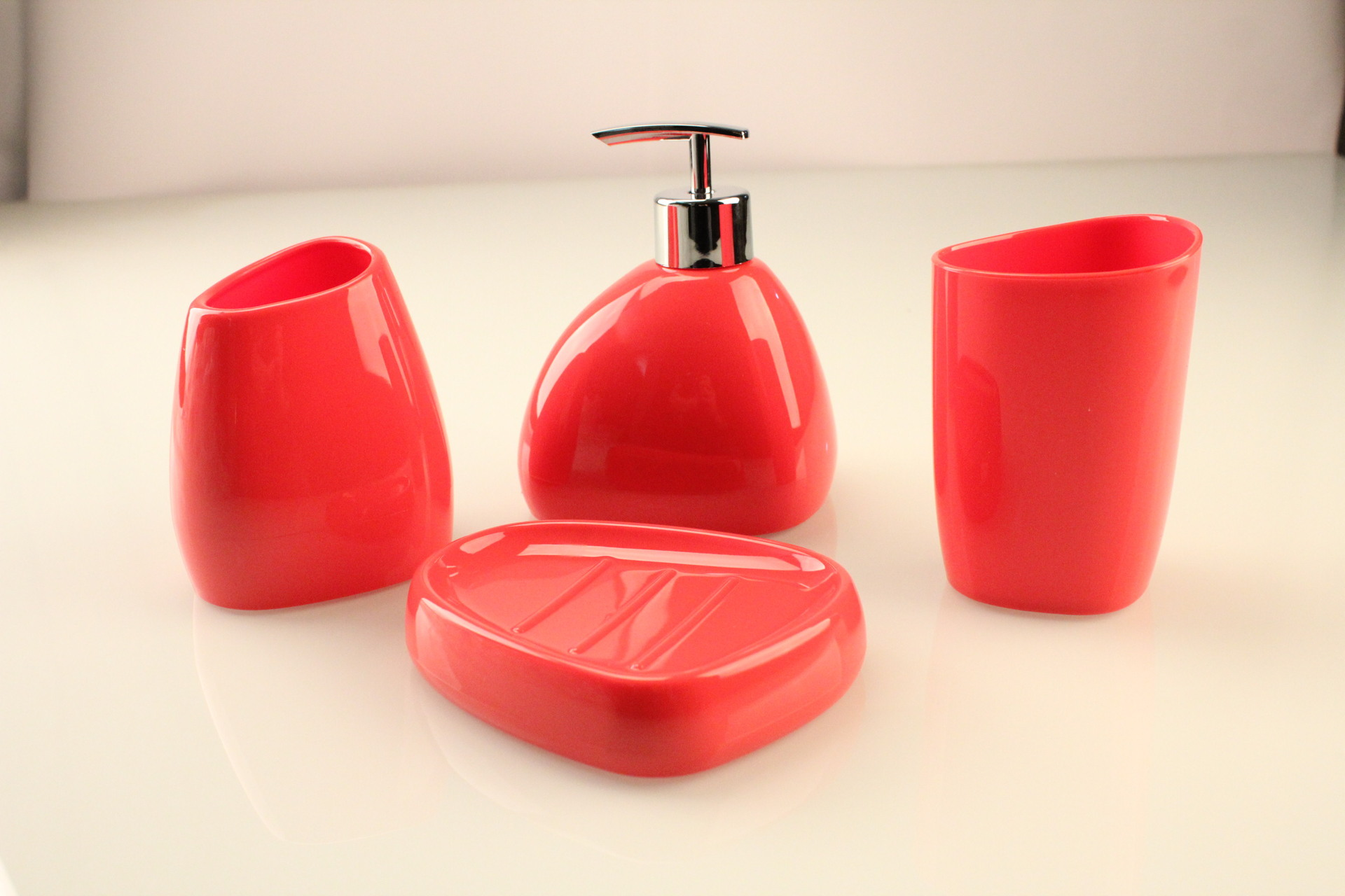 Popular red bathroom accessories sets buy cheap red for Red bathroom accessories