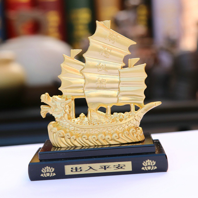 Car perfume wholesale gift custom processing alloy dragon boat perfume smooth genuine easy to fade(China (Mainland))