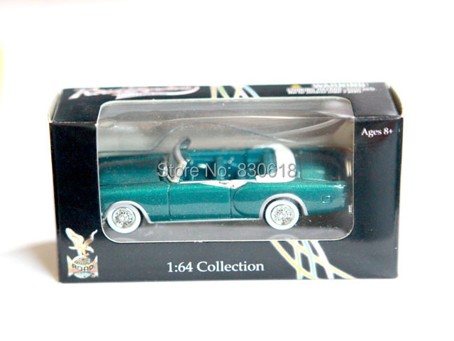 Diecast Car Green 1953 Packard Caribbean Yat Ming Road Signature 1:64 Collection(China (Mainland))