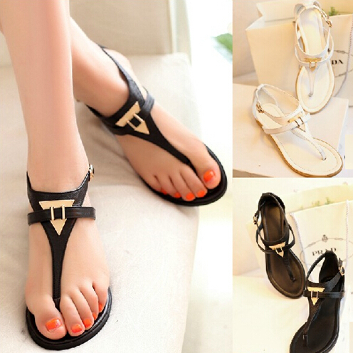New 2015 vintage summer flat sandals triangle metal women's shoes belt clip flip-flop shoes and bags black and white T988(China (Mainland))