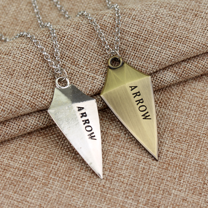 Hot movie 3D DC Comic Green Arrow Logo Oliver Queen Hero TV Pendant Necklace fashion Cosplay jewelry Christmas birthday gift(China (Mainland))