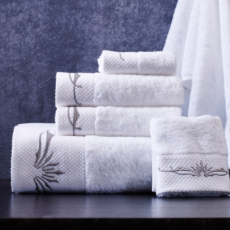 SunnyRain 3/5 Pieces White Embroidery Cotton Towel Sets