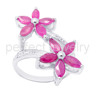 Ruby ring Free shipping Natural and real ruby 925 sterling silver Flower ring Perfect jewelry Manufacturer Factory #15111910(China (Mainland))