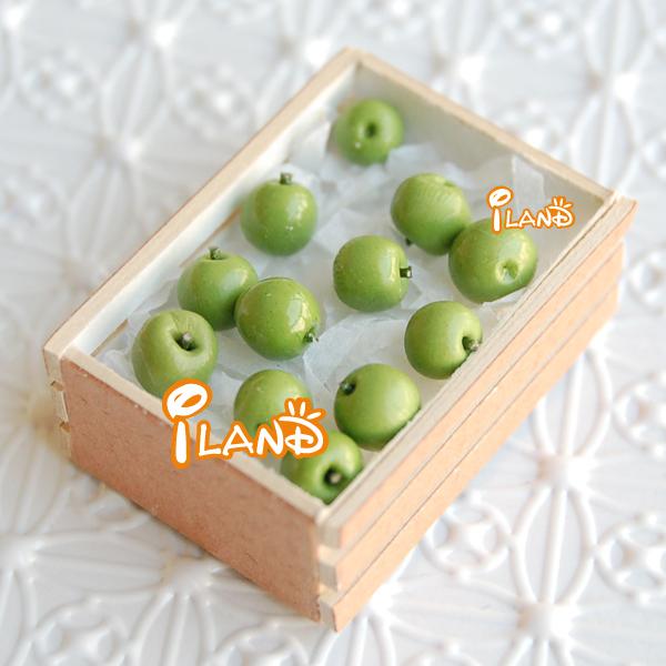 iland Dollhouse Miniature Fruit Green Apple 12pcs &1 Wooden box FF009*3+FF016(China (Mainland))