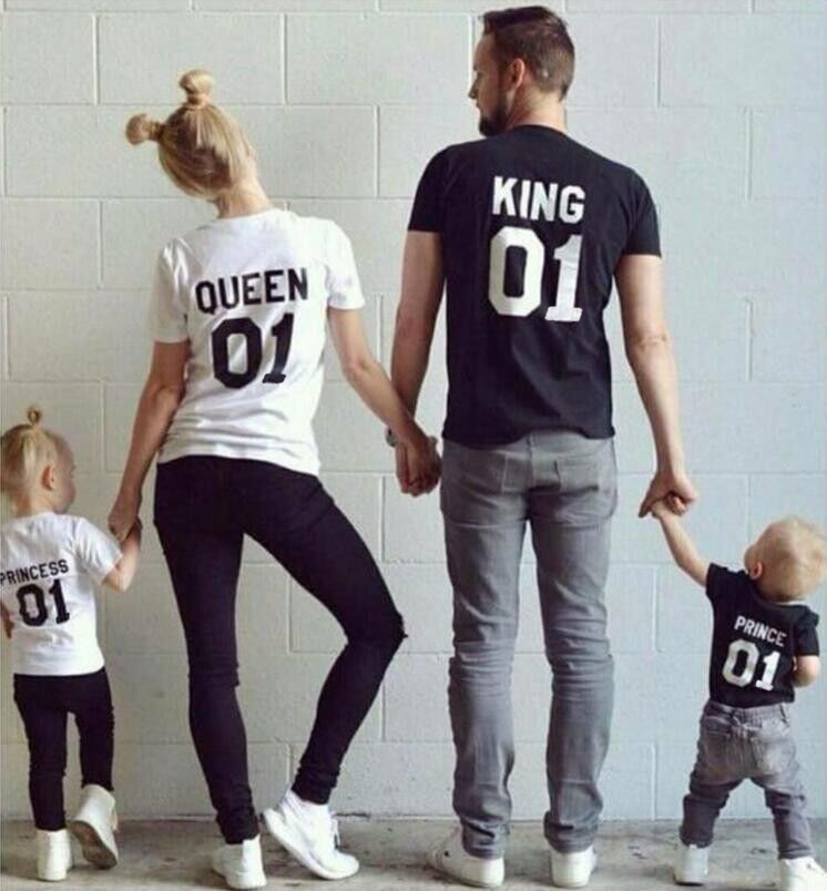 New Family King Queen Letter Print Shirt,100% Cotton tshirt Mother and Daughter father Son Clothes Matching Princess Prince 1-6Y(China (Mainland))