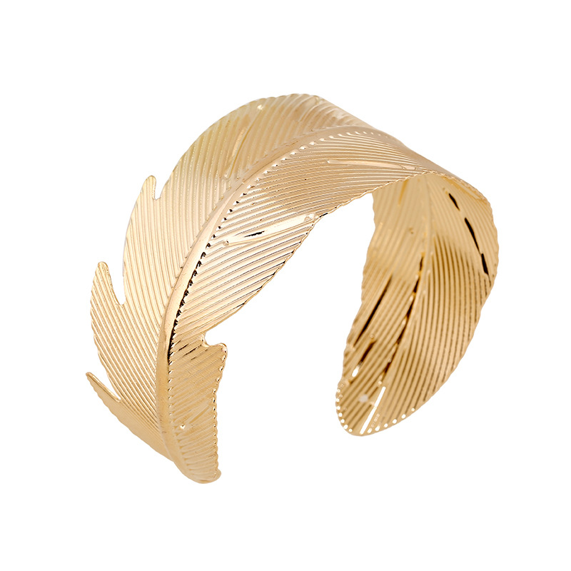 2016 New Fashion Feather jewelry Gold Plated Upper arm bracelet & bangle Charm Women Leaf Shaped Punk Open Cuff Bangles Hot Sale(China (Mainland))