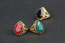 Wholesale Vintage Jewelry Spartacus Fashion 18K Gold Emerald Stone Rhinestone Engagement Rings For Women