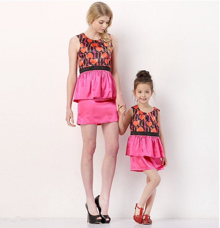 Pretty Summer Evening Party Family Dresses Printing Mother Daughter Dresses Fashion Parent-child Dresses Sleeveless Cheap(China (Mainland))