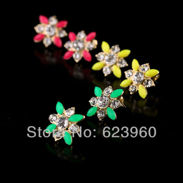 New Designs 2013 Fashion Graceful Flowers Crystal Bright colors Stud Earrings Accessories