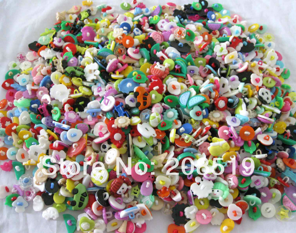 Assorted mixed children buttons plastic combined style 150pcs random shank sewing button for craft scrapbooking accessories(China (Mainland))