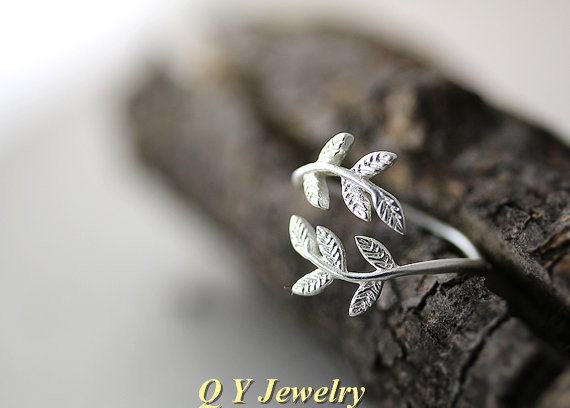 High Quality Silver Plated Punk Chic Mid Finger Leaf Branch Ring Boho Chic Brass Knuckle BFF Ladies Rings For Women Fine Jewelry<br><br>Aliexpress