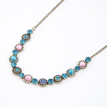 Vintage Women Jewelry Exquisite Gorgeous Cubic Zircon Diamond Collar Bohemia Rhinestone Crystal Gem Necklaces Pendants A467