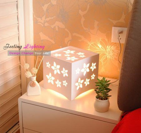 Free Shipping All The World Discount Creative Fashion Modern Wood-plastic materials Table Lamp square flowers Table Desk Lamp(China (Mainland))