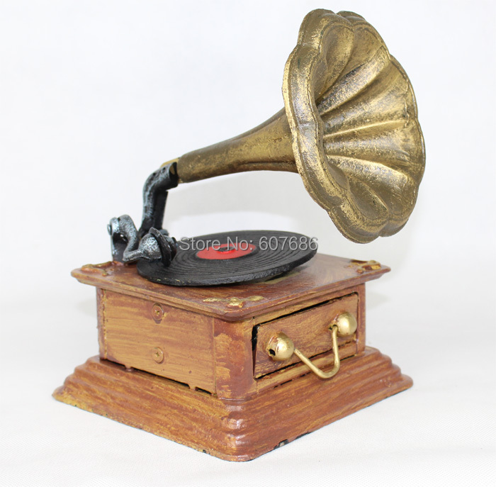 Cast Iron Phonograph Model Heavy Metal Antique Replica Gramophone Retro Home Bar Pub Club Decor Crafts Table Ornaments Free Ship(China (Mainland))