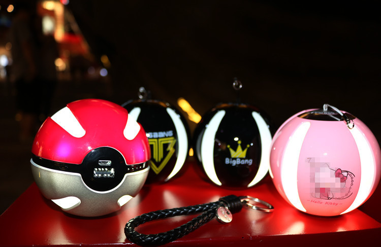 Pokeball For Pokemon Go Power Bank Portable Charger AR Games External Battery Ball Powerbank For Pokemon Toy With LED Light