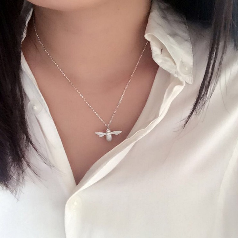 Fashion Cute Bee Necklace Fine Jewelry Silver Gold Honey Bee Statement Pendant Necklace for Women Hot(China (Mainland))