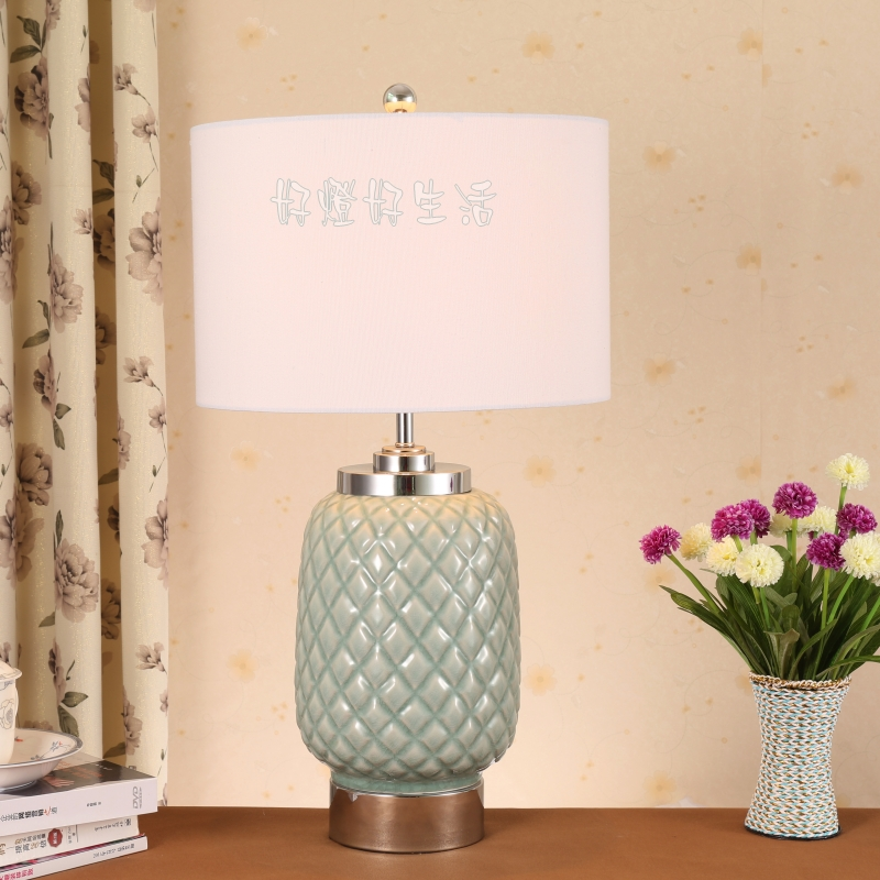 American rustic crystal base pineapple ceramic table lamp(China (Mainland))