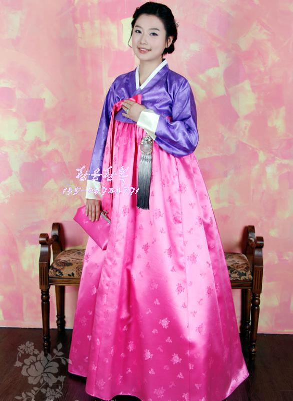 Beautiful  WomenKoreanHanbokDressKoreanNationalCostumeKoreanMotherjpg