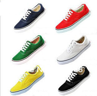 Free Shipping 11 colors low style Canvas Shoes men canvas shoes Lace up Classic Sneakers unisex