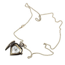 Retro Classic 2016 Antique Pocket Watch Bronze Alloy Hollow Out Heart Shape Necklace Watch Christmas Gift Casual Vico(China (Mainland))