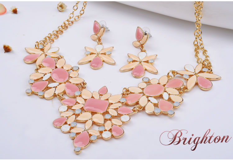 2015 new women's fashion multicolored leaf zinc alloy necklace and earring suite(China (Mainland))