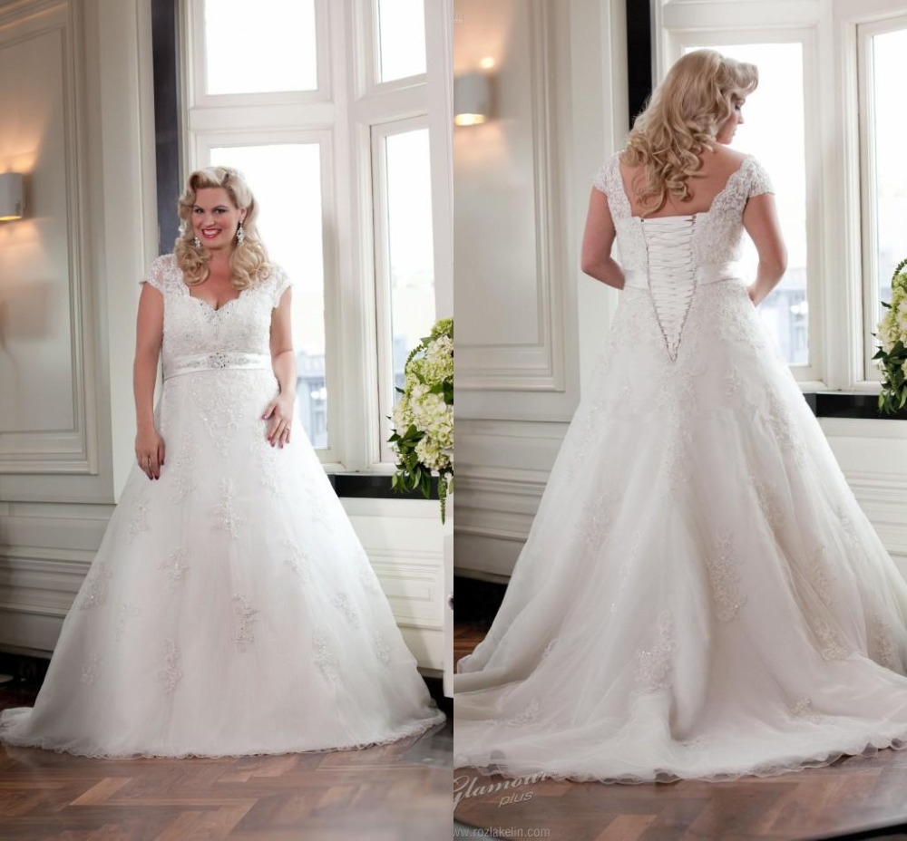 2015 Style Cap Sleeve V Neck A Line Beaded Lace Plus Size Wedding Dresses Bridal Gowns