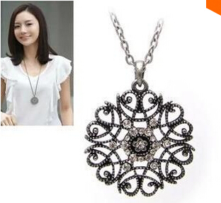 Satr Jewelry 2015 New Design European Pop hollow flower long necklace sweater chain necklaces & pendants Fro Woman 2015 new