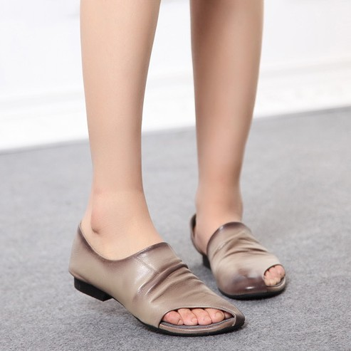 2015 spring and summer womens handmade genuine leather shoes flat heel open toe shoe personality casual sandals plus size 41<br><br>Aliexpress