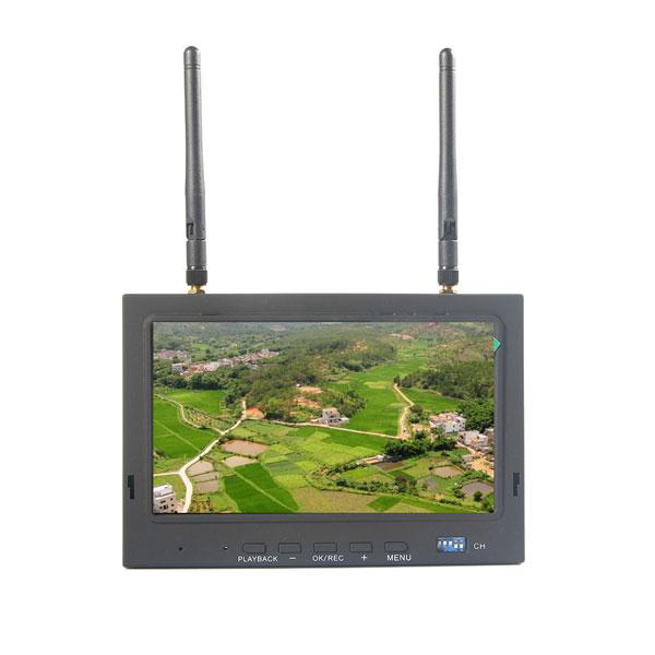 SKY-700D fpv camera DVR 5.8g 32CH Wireless LCD(China (Mainland))
