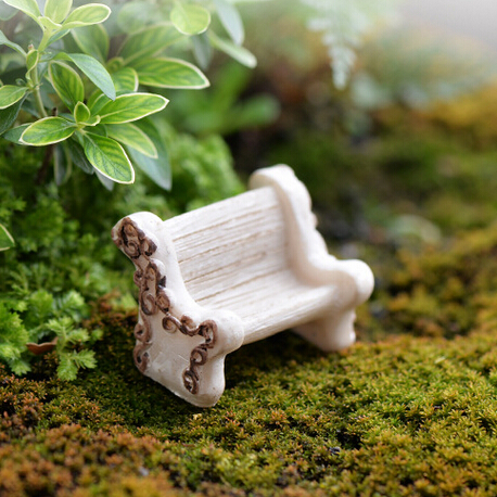 Cute mini white chair fairy garden miniatures gnomes moss terrariums resin craft for home decorations accessories diy(China (Mainland))