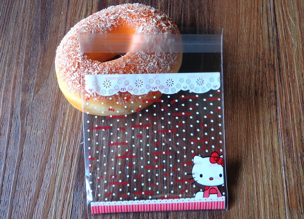300pcs 10x10+3cm Hello Kitty Transparent Cookies Bags Self-adhesive ...