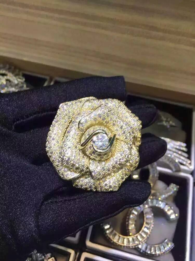 The new spring 2016 fashion boutique camellia brooch  022414<br><br>Aliexpress
