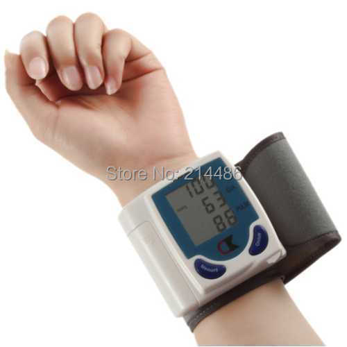 Digital LCD Wrist Blood Pressure Monitor With Heart Beat Rate Pulse Measure(China (Mainland))