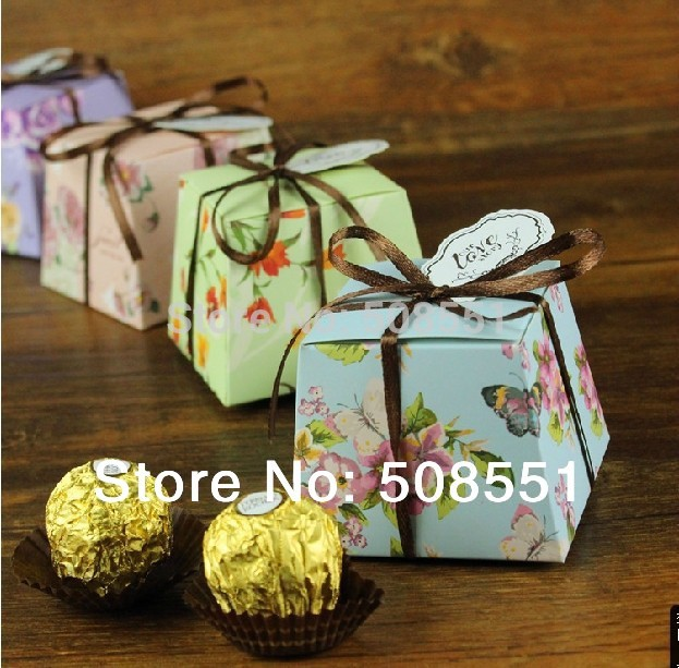 2014 Seconds Kill Rushed Green Pink Event SuppliesCard Paper Wedding Box for Candy with Ribbon 4 Colors free Shipping(China (Mainland))
